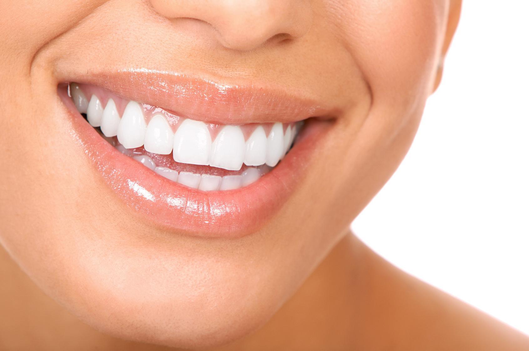Jak wyleczyć parodontozę stosując suplementy diety?